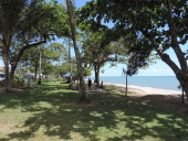 HOLLOWAYS BEACH QLD